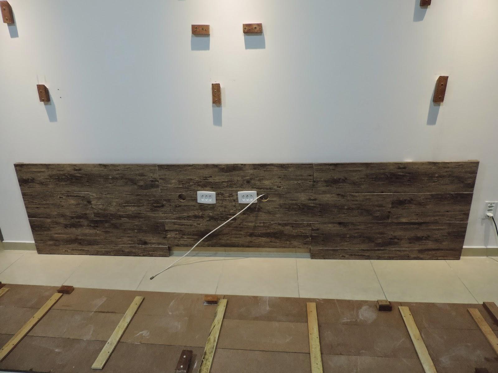 partes iguais para ficar mais leve na hora de encaixar na parede #604E3B 1600x1200