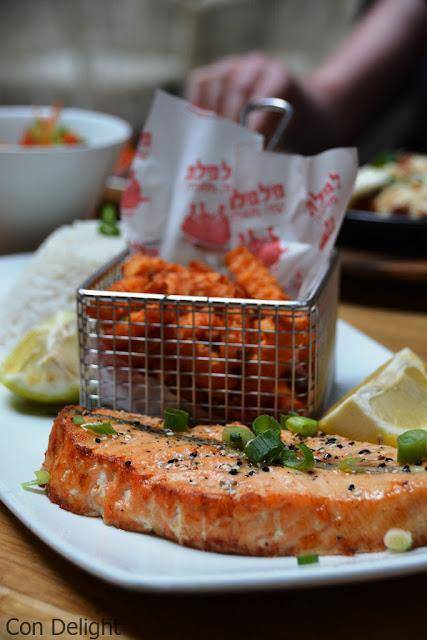 פילה סלמון פלפלת Salmon fillet