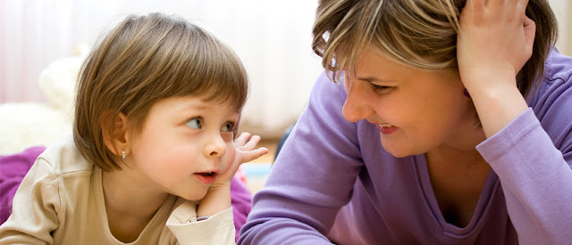 Ibu Adalah Guru Komunikasi Anak