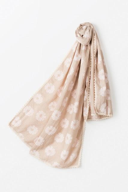 sciarpa per la primavera