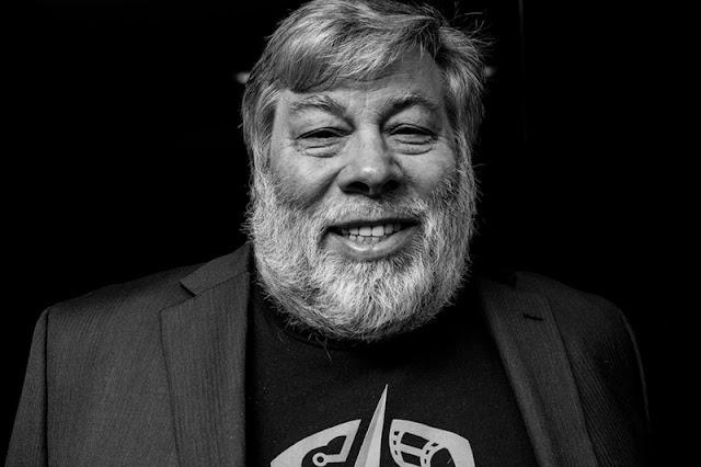 Steve Wozniak, co-fundador da Apple, disse em entrevista que está de saída do Facebook.