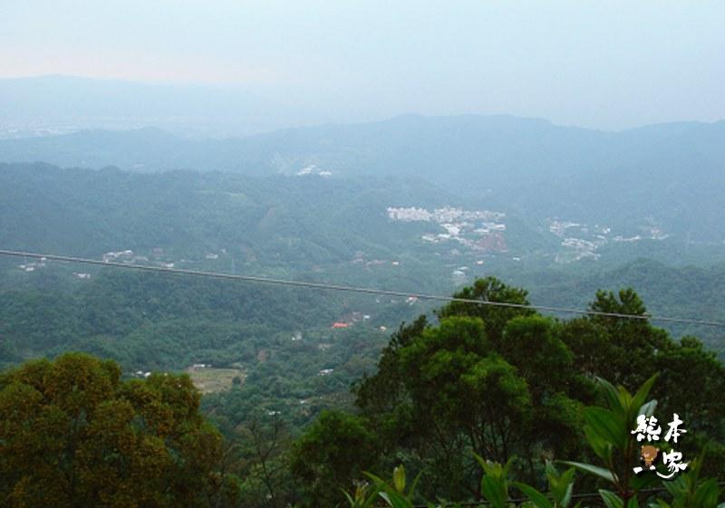 三峽景觀餐廳下午茶|紫微森林~俯瞰臺北盆地的好地方 | Trip-Life旅攝生活(熊本一家)
