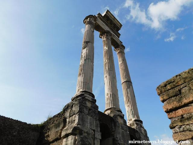 Римский Форум - Храм Кастора и Поллукса