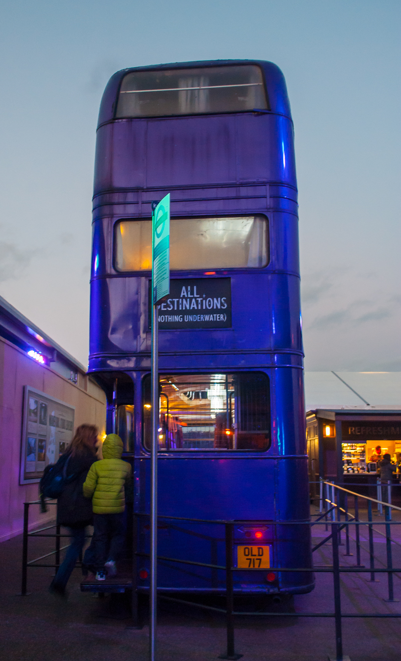 Harry Potter Studios, Engalnd the knight bus in azkaban