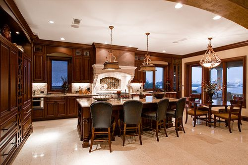 Classic Luxury Combining Kitchen and Dining Room Design Ideas