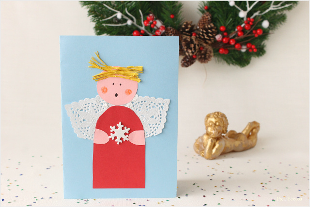postal-navidad-diy-materiales-reciclados-angel-alas-blonda-pastel