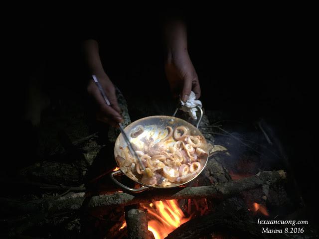 Nấu ăn cắm trại ở Masara.