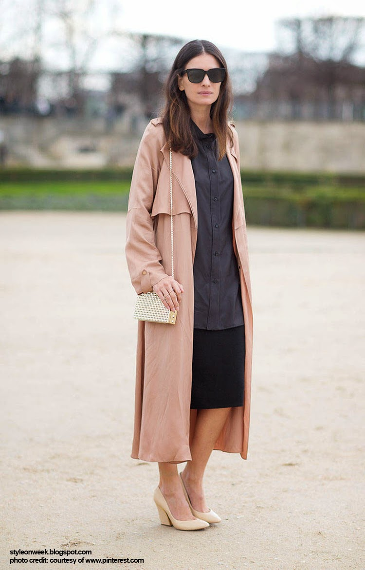 Street Style Inspiration - Leila Yavari Simple and Elegant with Trench Ultra Long