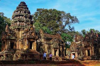 Jelajah Candi-Candi di Angkor Wat