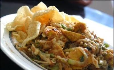wisata-kuliner-di-floating-market-lembang-bandung
