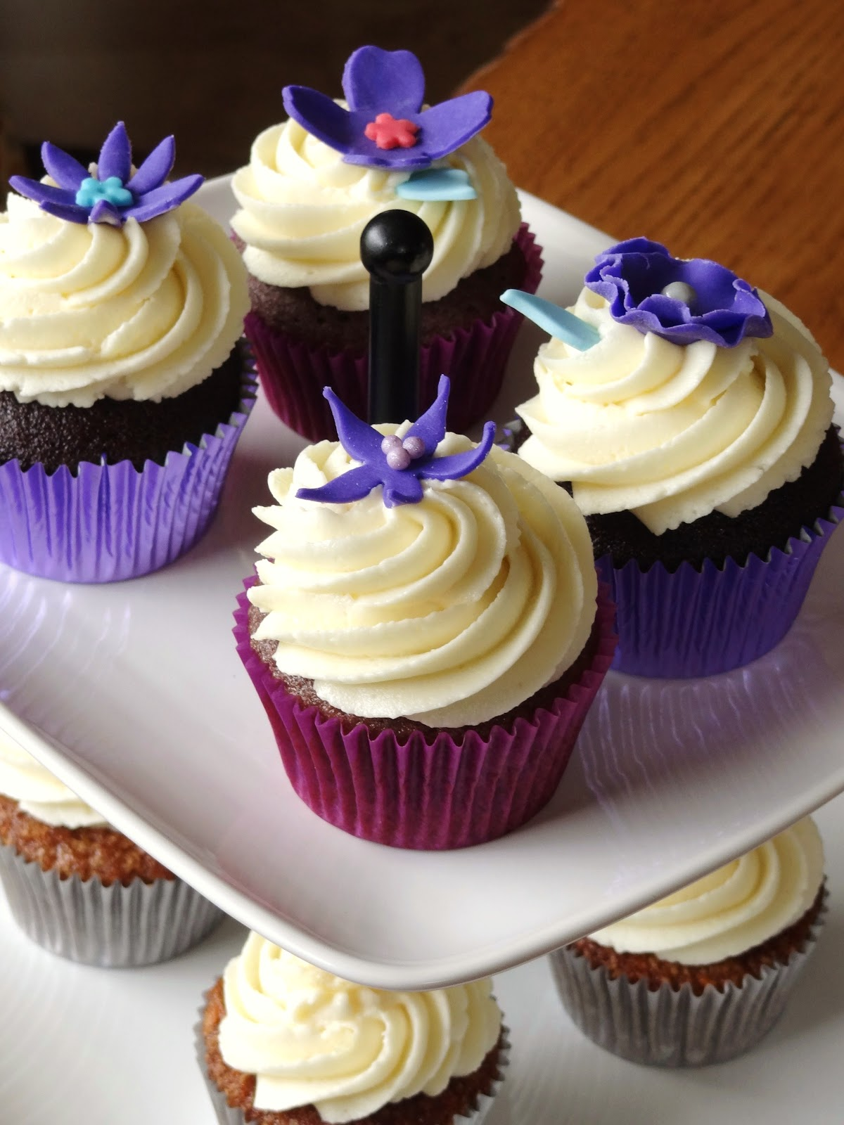 Libby's Cupcakes Etc: Purple Wedding Tasting