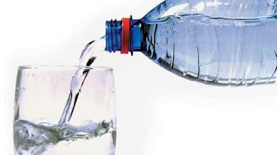 تفسيـر حلم قارورة زجاج أو اعطاء قارورة ماء أو قنينـة ماء في المنام