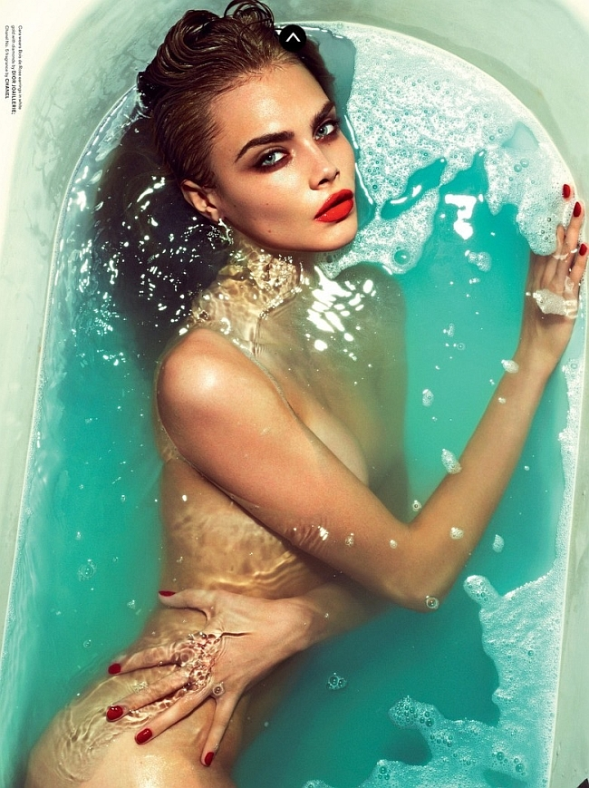Cara+Delevingne+naked+bathtube+in+LOVE+Magazine.jpg