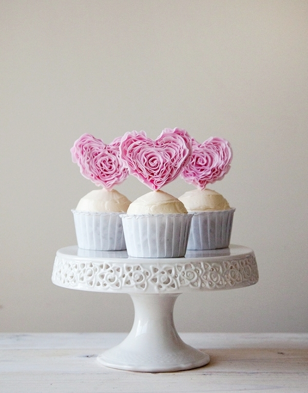 Ruffle Heart Fondant Cupcake Toppers