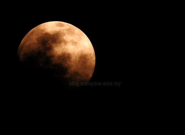 Blood Red Moon Picture