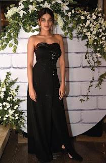 Nidhhi Agerwal in black gown