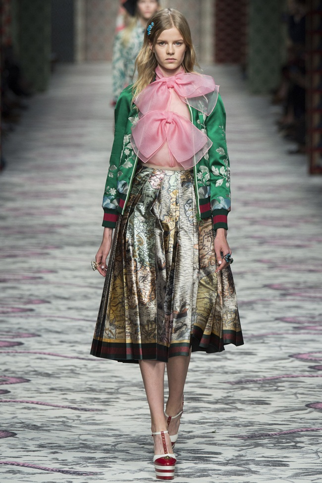 2016 SS Gucci Silk Floral Embroidered Bomber Jacket on Runway