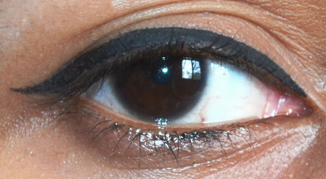 Lotus Herbals Opulence Botanical Eyeliner Review, Pictures and Swatches