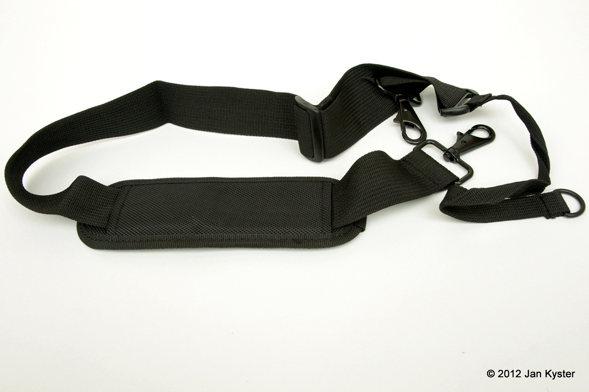 Benro C3770T carrying strap