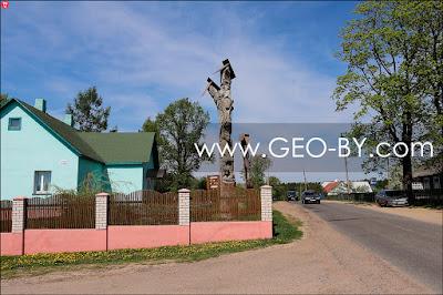 Статуи в Окинчицах из мемориального комплекса Шлях Коласа