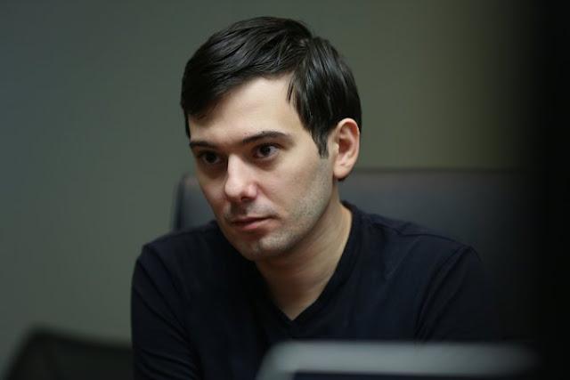 O Twitter suspendeu a conta de Martin Shkreli, após um suposto período de perseguição dirigida contra a repórter freelance Lauren Duca