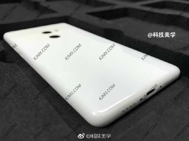 Terungkap Penampakan Bagian Belakang Smartphone Xiaomi Mi MIX2