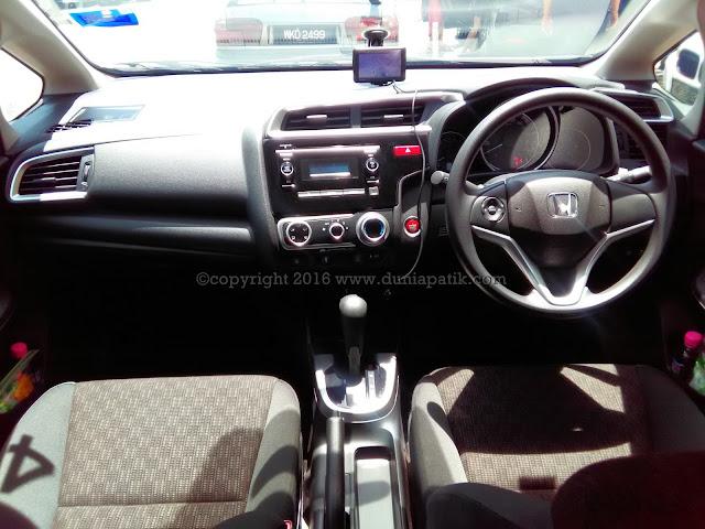 Interior hadapan Honda Jazz