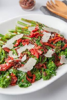 Sautéed Broccoli Rabe and Tomatoes Recipe