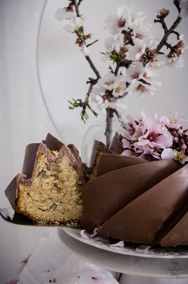 bizcocho-bundt-cake-vainilla-frutos-secos-chocolate