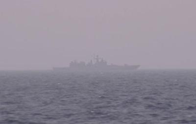 Російський фрегат встановив спостереження за авіаносцем США