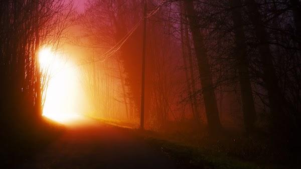 FOTOS: misteriosa luz ilumina el cielo de California