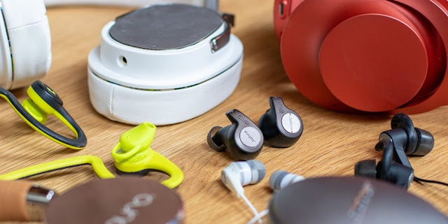 4 Best Earbuds for Running: Your Buyer's Guide (2019)