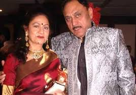 Aruna Irani Family Husband Son Daughter Father Mother Age Height Biography Profile Wedding Photos