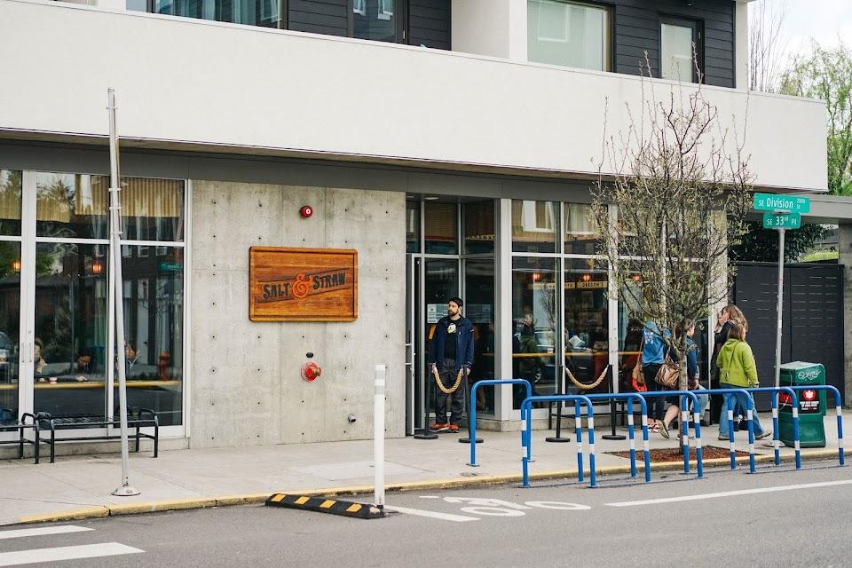 ソルト&ストロー(Salt & Straw)SE Division店