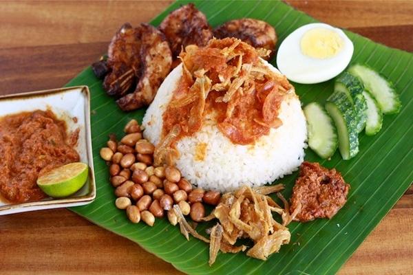 Khám phá ẩm thực Malaysia cùng vé máy bay đi Kuala Lumpur giá rẻ