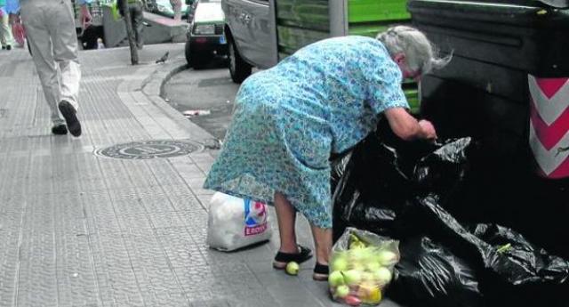 Un 16,5% de andaluces no pueden permitirse comer carne, pollo o pescado dos veces por semana