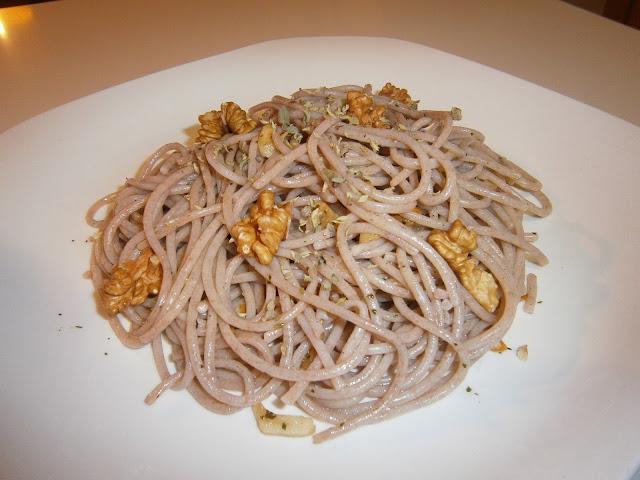 espaguettis ecológicos con aceite de sésamo