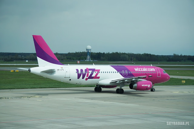 HA-LPS - Wizz Air - Airbus A320