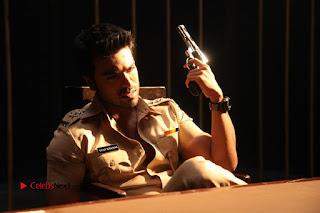 Ram Charan Teja Priyanka Chopra Super Police Tamil Movie Gallery  0003.jpg