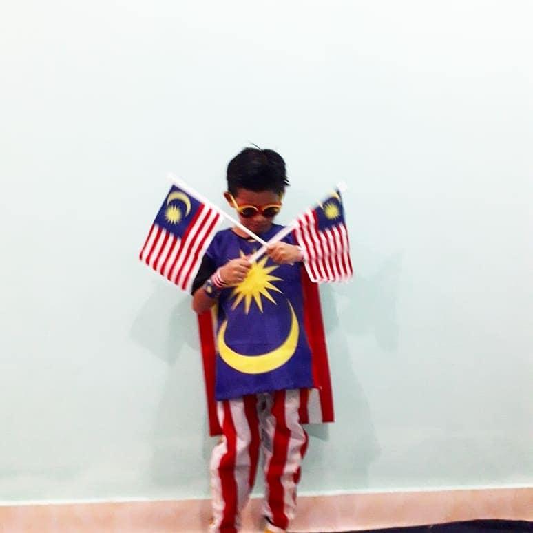 Tema Super hero untuk Baju Beragam Hari Malaysia
