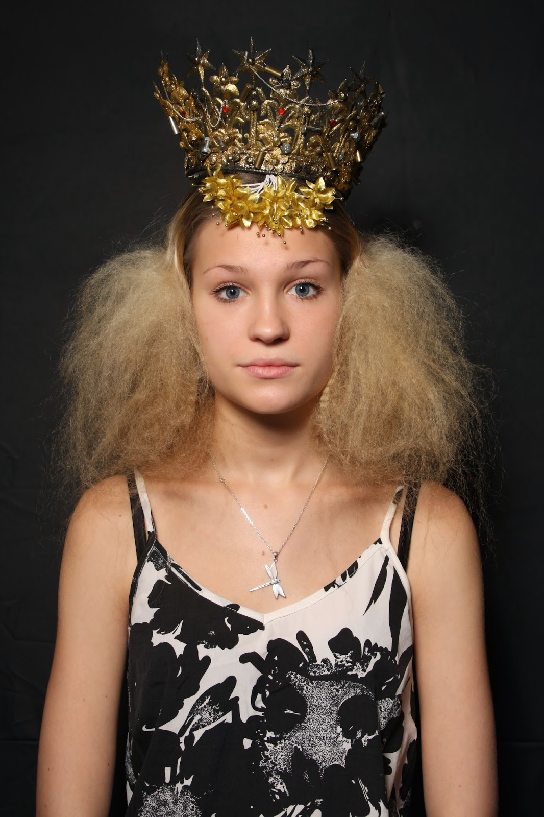 lower class hairstyles of the elizabethan era   rosie brown hair