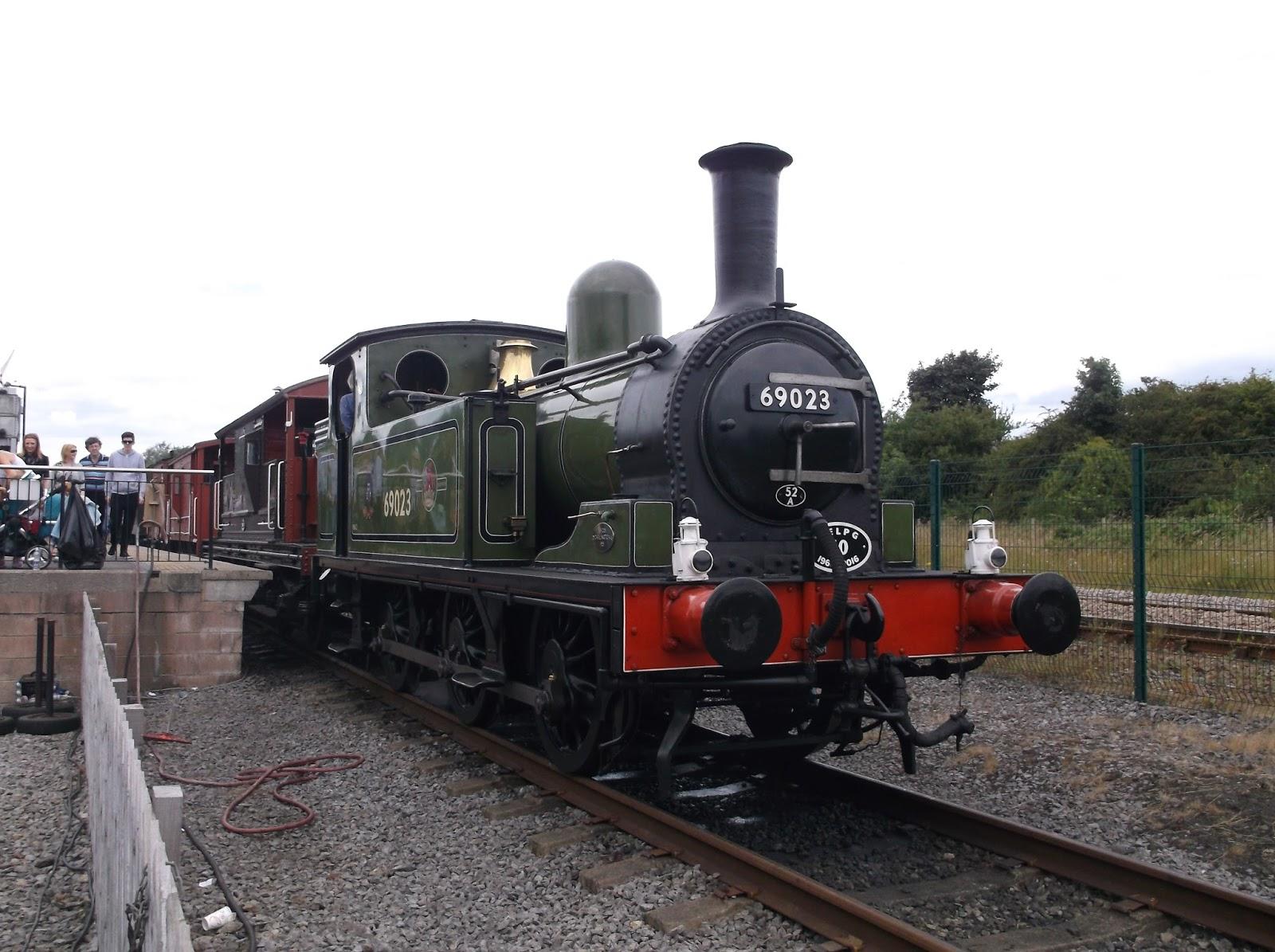 Parker v South Eastern Railway [1877]