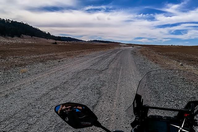 carretera altiplano bosque de Azrou