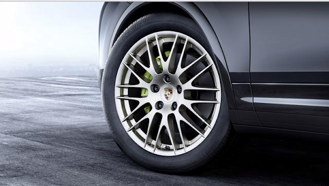 Mobil Porsche Cayenne Edisi Platinum Lebih Cool
