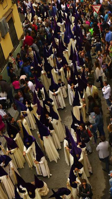 Nazarenos Semana Santa Sevilla
