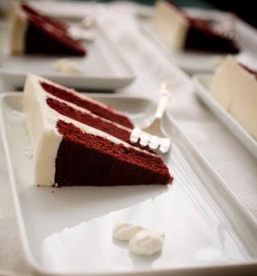 Calories In One Slice Of Cream Cheese Red Velvet Cake