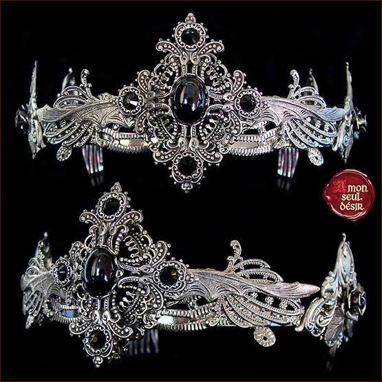 couronne reine noire gothique victorien croix argent majesté royale
