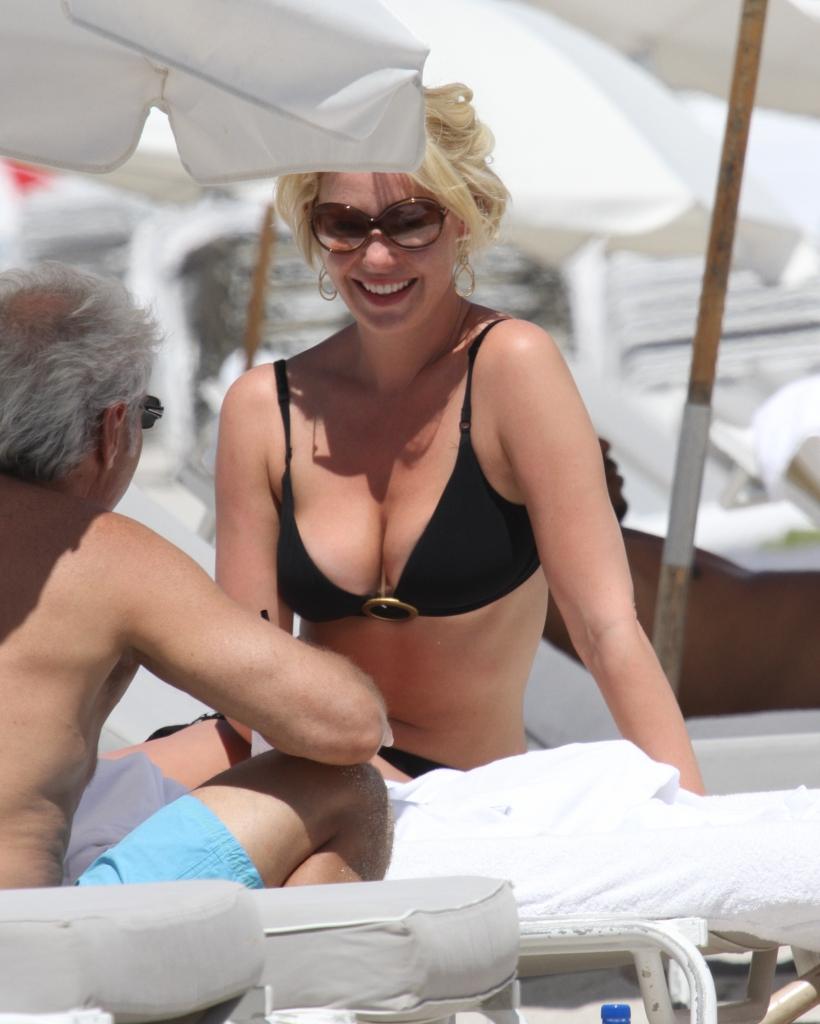 celebrities in hot bikini  katherine heigl