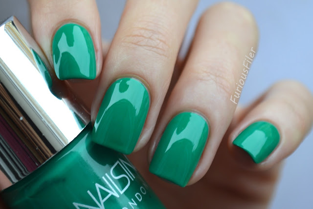 nails inc queen victoria street nailbox bright green