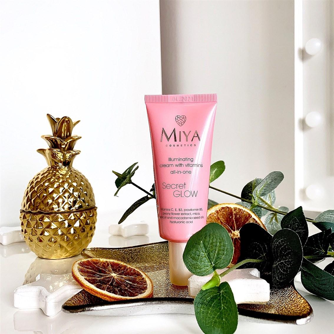 Miya Cosmetics krem Secret Glow